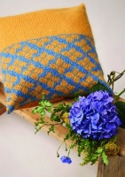 Design: Hydrangea Cushion